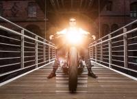 Hochzeitstag mit Harley Davidson.jpg