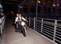 coole Brautpaarfotos.jpg
