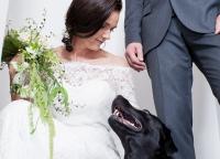 Braut mit Hochzeitshund.jpg