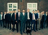 coole Gruppenfotos der Maenner.jpg