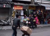 Obstverkauf in Hanoi.jpg