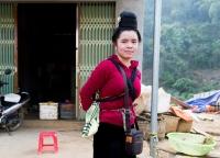 vietnamesische Verkaeuferin auf dem Markt.jpg