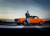 Mustang auf dem Flugplatz