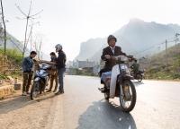 Motorraeder in Vietnam.jpg