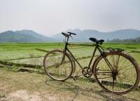 altes Fahrrad in Vietnam.jpg