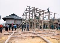 Hausbau in Nordvietnam.jpg